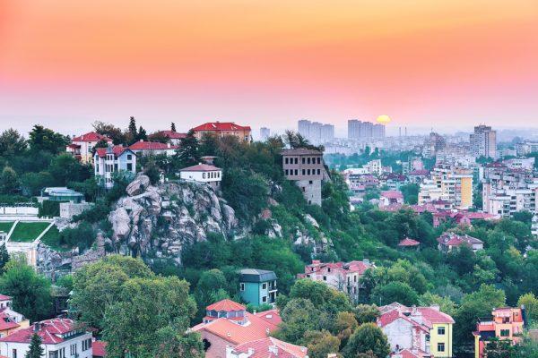 град Пловдив по залез