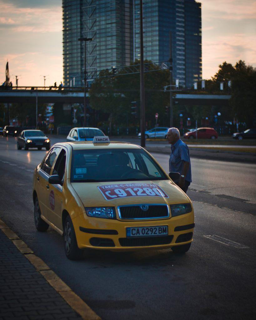 такси по залез слънце в София