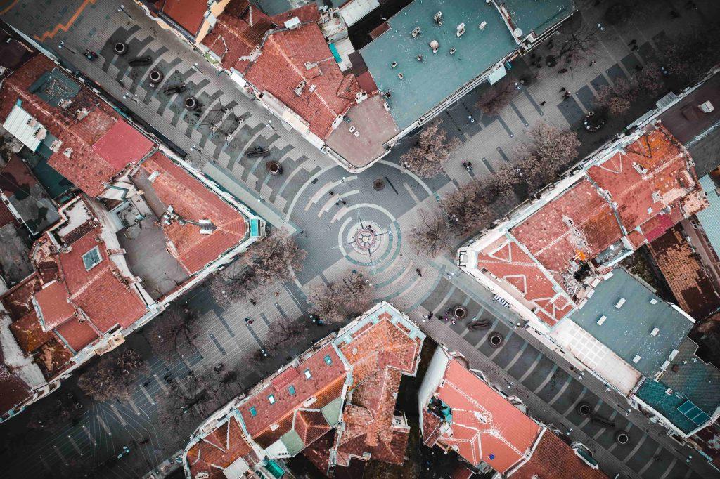 пешеходно кръстовище от птичи поглед
