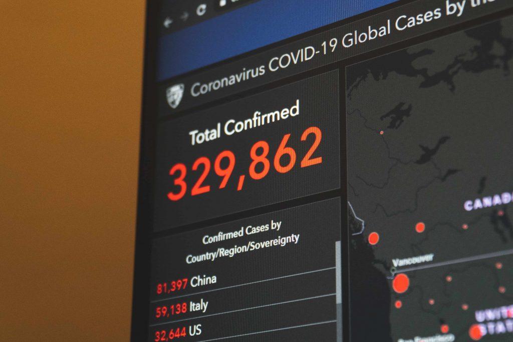 брой потвърдени случаи на COVID-19 към 22 март