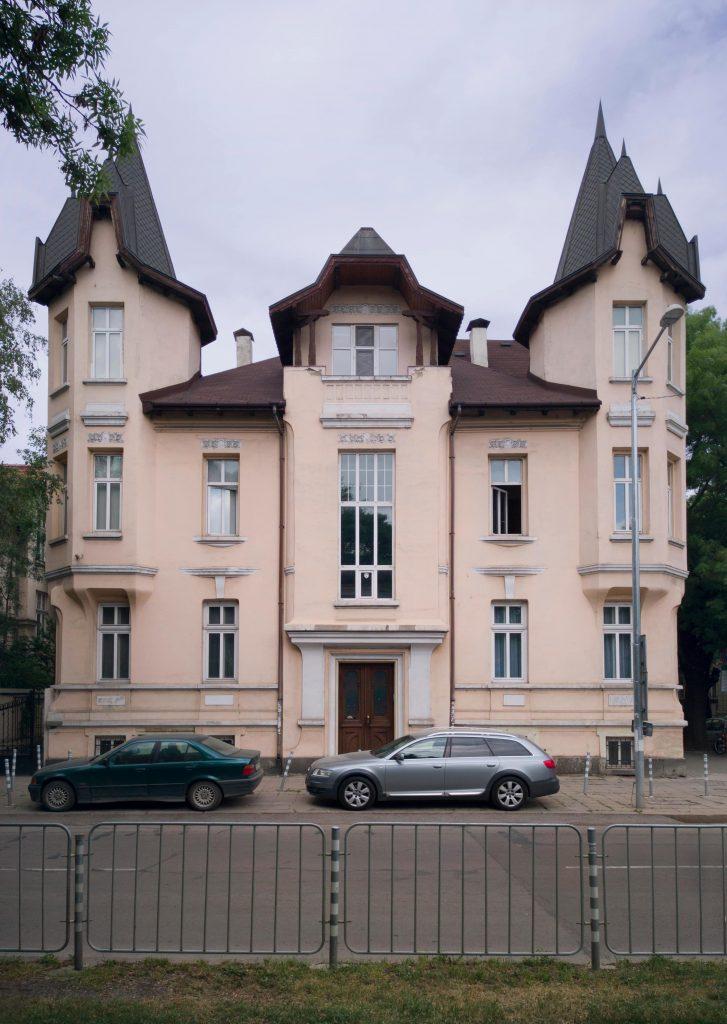 Къщата на братя Парушеви - къща на гредоред и паметник на културата