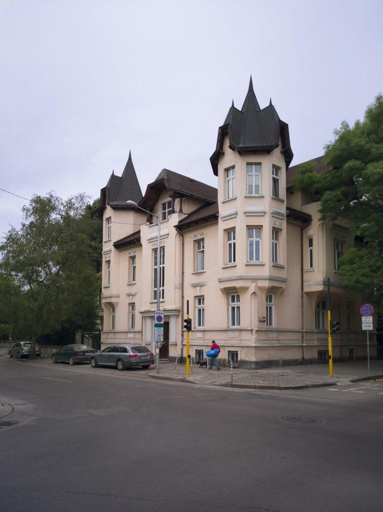 """къщата на Парушев - бул. """"Христо и Евлоги Георгиеви"""" 159"""