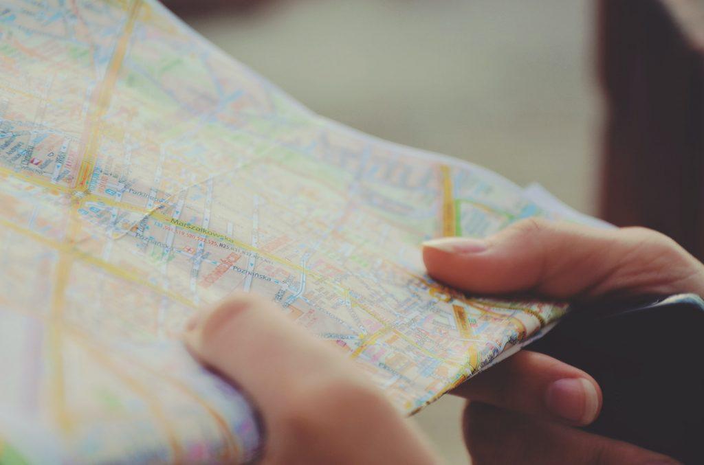 разгърната карта на града